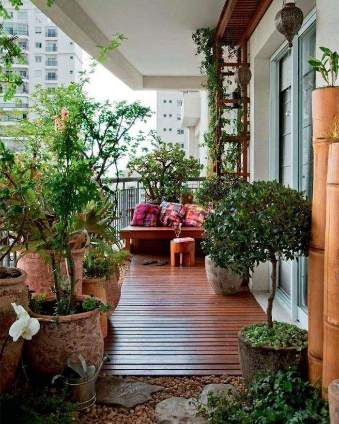 Balcony Decorating Ideas with Green color and greenery