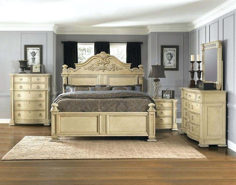 Bedroom Furniture for Completing the Bedroom
